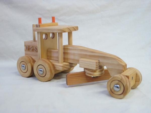 Wooden Grader Truck